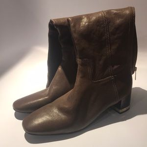Tory Burch Size 9.5 Boots
